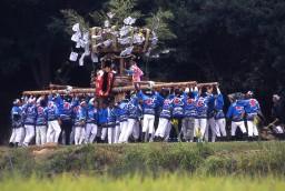豊島での祭り